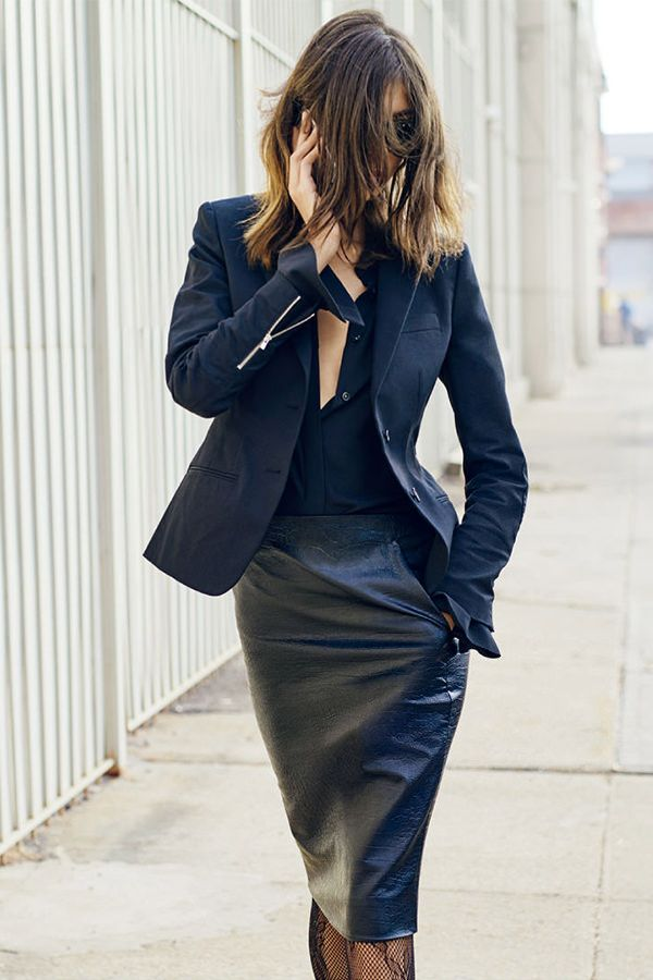 We can't wait for the CARINE ROITFELD SPRING/SUMMER 2016 Collection for Uniqlo - drops on 2/11/16