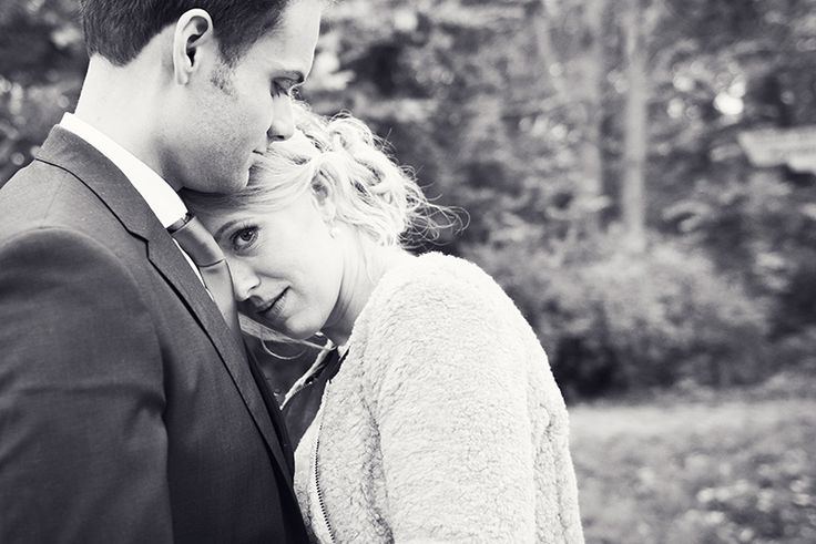 Wedding couple in autumn