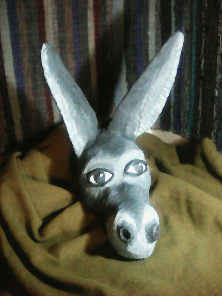 Mashed paper, donkey head, enface