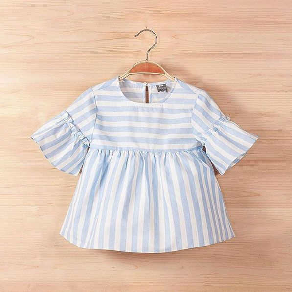f0e20608b Blusa para niñas con rayas blanco y azul. De la colección brisa de ...