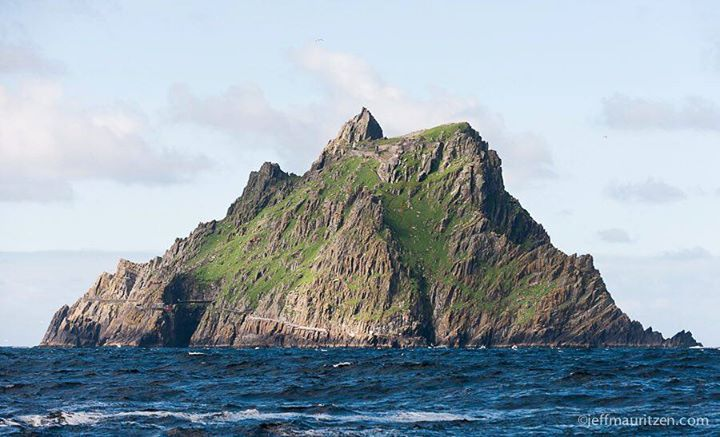 If you've seen the new #StarWars film then you might recognize this location. It's a #UNESCO world heritage site known as #SkelligMichael a small island located 11km off the west coast of Ireland. It's only accessible via small fishing boats and only when the weather is good. I've had the good fortune of visiting it twice before and can tell you it's well worth the challenge to get out to. I also highly recommend visiting in springtime for a chance to see the puffins that nest there. You…