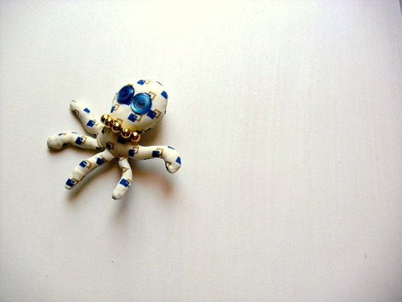 Giorgio The Octopus  Fabric brooch  ooak soft by fattidame on Etsy, €13.00