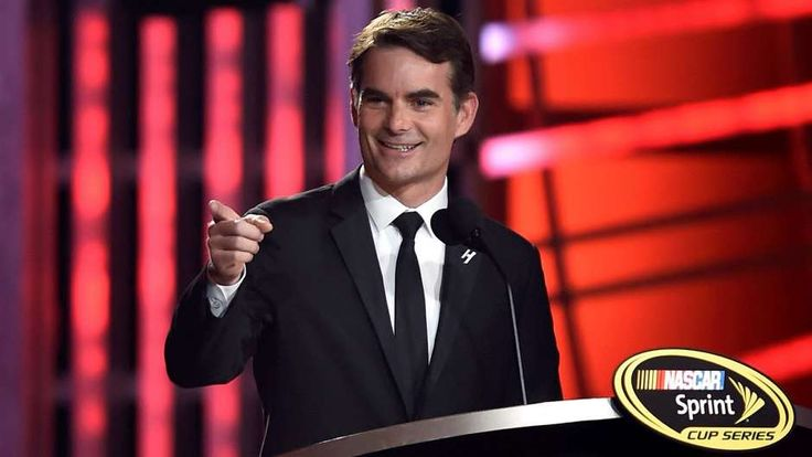 How long had Jeff Gordon been planning his announcement? | FOX Sports