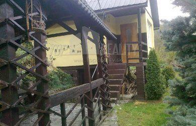 Fotka #1: Krasny rodinný dom na predaj