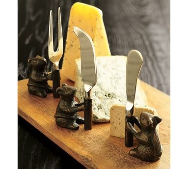 3 blind mice still have a great sense of smell, so guard your cheese!- cool!!!: Chee Trays, Knives Sets, Chee Boards, Knifes Sets, Mouse Chee, Mice Chee, Chee Knives, Cheese Boards, Pottery Barns