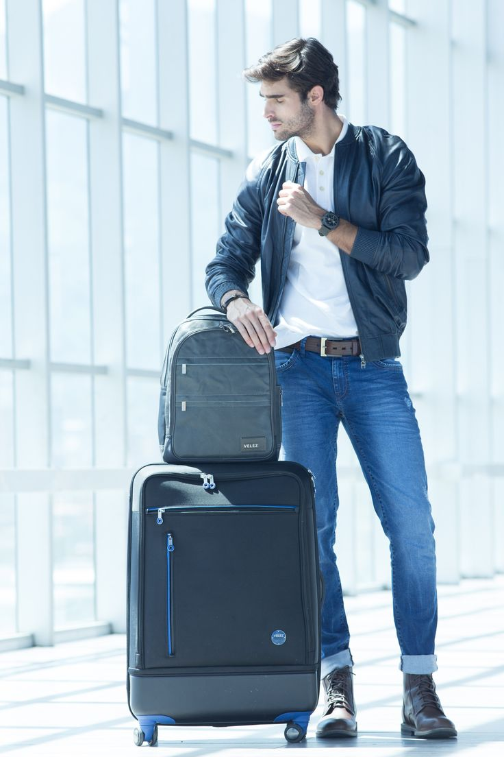 Vélez for Leather Lovers | Vélez Travel And Business  Maleta gris con azul Ref: 1011476 Morral Ref: 1012924