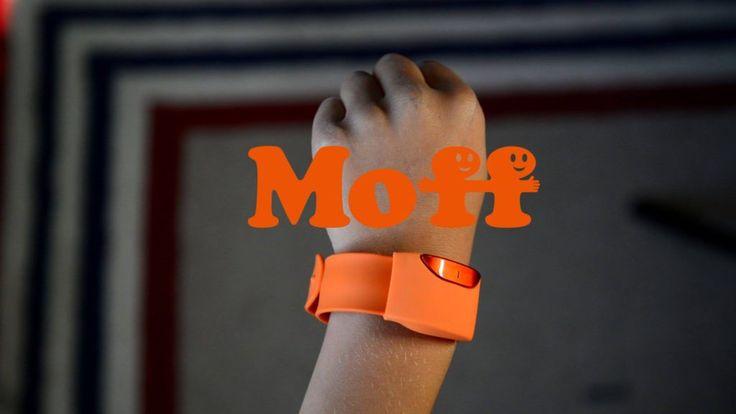 Moff permette di trasformare il tocco del proprio bambino in qualsiasi cosa desidera. Grazie a una app, basterà indossare il braccialetto e scegliendo un particolare tipo di suono il bambino potrà immaginare di essere un chitarrista, un ninja o un giocatore di baseball   #iot #play #wearable
