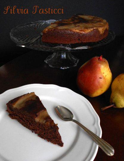 torta rovesciata con cioccolato e pere