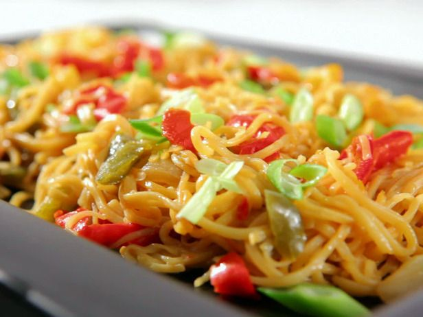 Vegetable Lo Mein Recipe : Sandra Lee : Recipes : Food Network