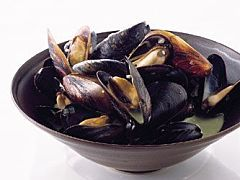 Quick Rewards: Steamed Mussels for Dinner