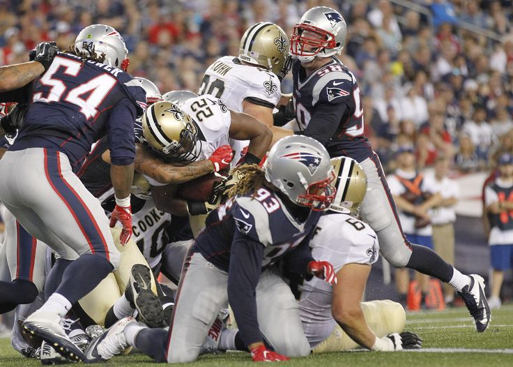 New Orleans Saints running back Mark Ingram (22) scores a touchdown against the New England Patriots during the first half of a preseason NFL football game Thursday, Aug. 11, 2016, in Foxborough, Mass.