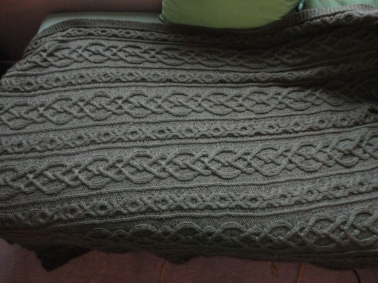 Knot Stitch Knit Simple : Lovers Knot Afghan Each stitch knit for the happy couple My Knitted Th...
