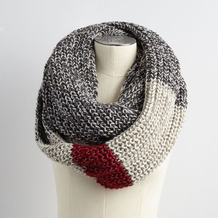 Chunky Cabin Infinity Scarf | Roots Canada