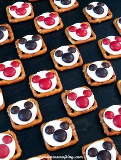 Our easy to make Mickey Mouse Pretzel Bites are yummy bites of sweet and salty goodness. Perfect for a Mickey Mouse Birthday Party or as an any time treat for that Disney fan in your life. Follow us for more fun Mickey Mouse Party Ideas.