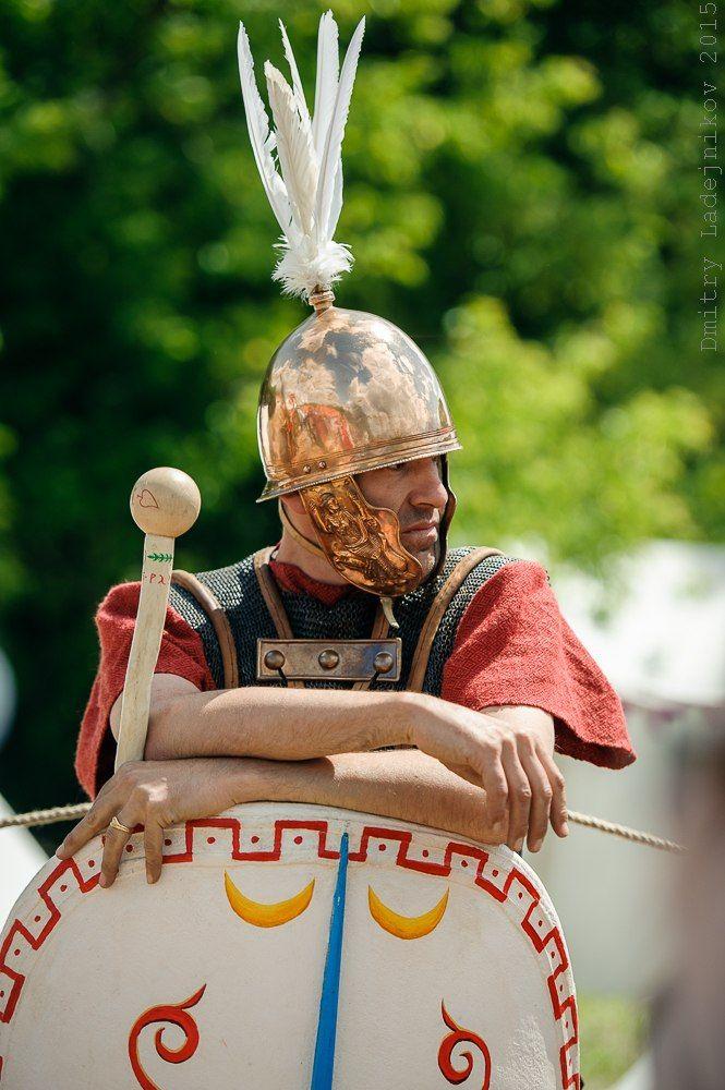 Roman Republican legionary | Ancient Rome - warfare ...