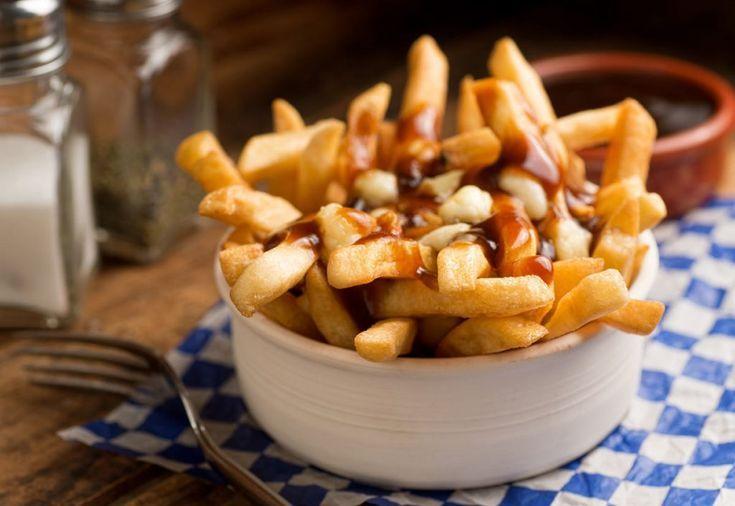 ¿Qué es poutine y por qué es tan famoso en Canadá?   – Home Gourmet – #Canad… – Revista