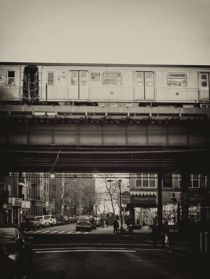Q-Train, Brighton Beach, Brooklyn