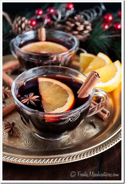 Hot Mulled Wine {Vin Chaud} - 12 Cocktails of Christmas