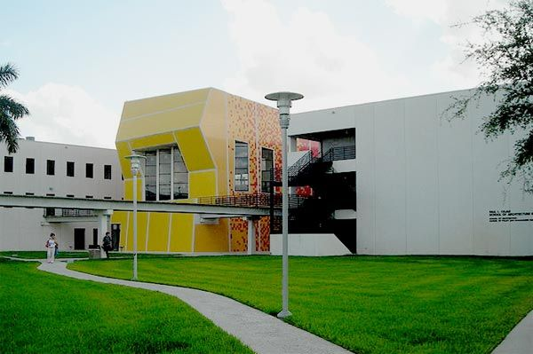 2004 Paul L. Cejas School of Architecture Florida International University Miami, Florida Bernard Tschumi