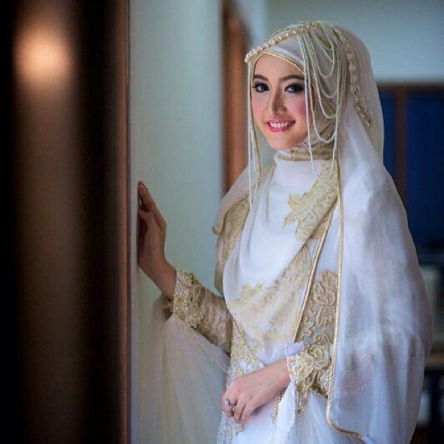 Photo was taken by @tanganphotography make up by @wardahbeauty wardrobe by @irnalaperle cc teh @irnamutiara thanks for everything.. Thanks for great shoot .. Alhamdulillah.. by sefirameyda