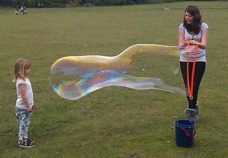 Recipe for super bubbles
