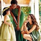 hunter green wedding - ehh seems more fall wedding to me