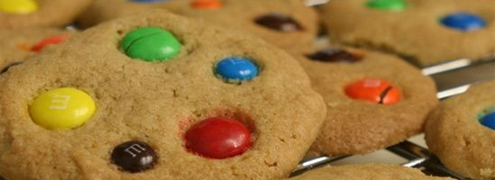 Cookies med M&M's