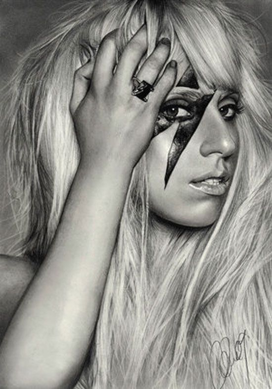 Lady Gaga @Courtney Baker Schweyen we should do our makeup like this! Haha