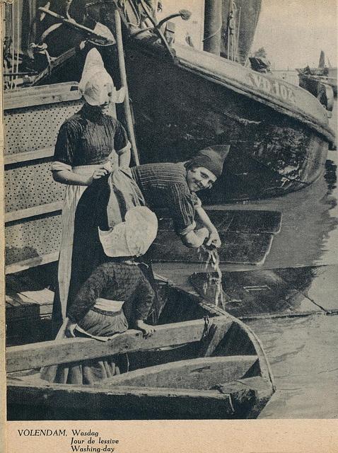 Volendam wasdag j 40 by janwillemsen, via Flickr