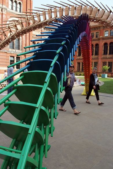 """flashback > """"a giant double arch of Ercol stacking chairs in the courtyard of the V, built by Martino Gamper to mimic the arches made of local goods that often greeted royal visitors in Victorian times"""" #LDF09"""