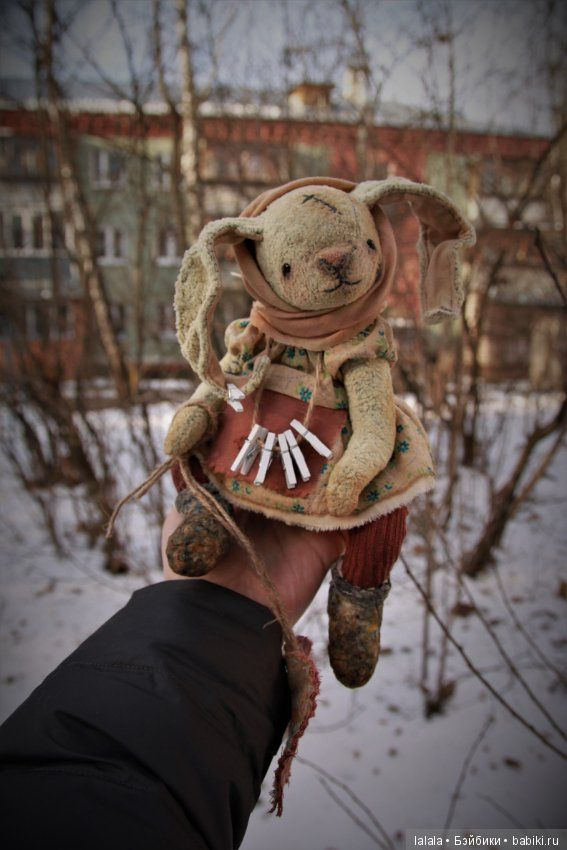 """Зайка тедди """"Я стираю тоску в твоём сердце..."""" / Авторские и коллекционные игрушки / Шопик. Продать купить куклу / Бэйбики. Куклы фото. Одежда для кукол"""
