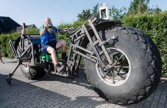 Man bouwt 's werelds zwaarste rijdende motorfiets