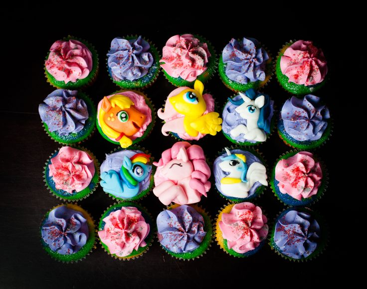 My Little Pony Cupcakes - My Little Pony Themed Cupcakes - My Little Pony Decorated Cupcakes - My Little Pony Characters Cupcakes - Rainbow My Little Pony Cupcakes - My Little Pony Rainbow Cupcakes