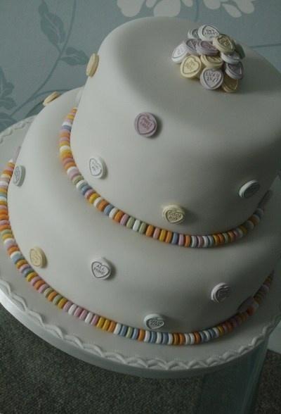 Bridal Cakes, retro wedding cake , love hearts, sweetie cake, love it!