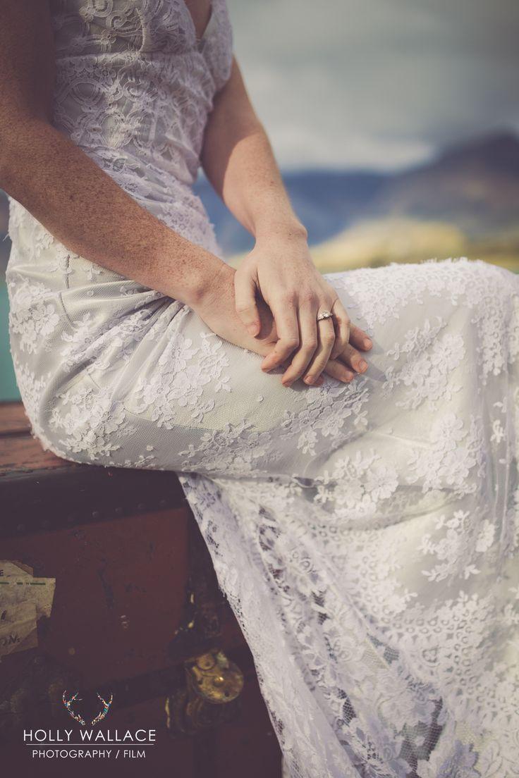 #nemoworkroom #vintagelace #weddingdress #hollywallace