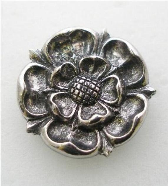 Pewter York Rose Pin Badge