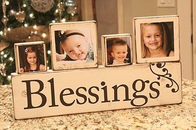 Photo Block Tutorial ~ Great Gift!! you could do the mini clothes pins so you can change the photos