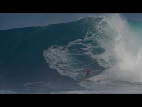 Kai Lenny Tow-Surfing after the Peahi Challenge - YouTube