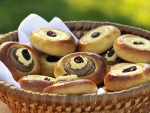 Holašovické koláčky (taky zde http://ekucharka.net/holasovicke-kolacky)