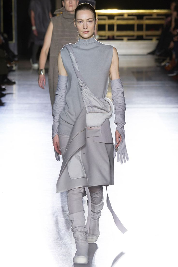 Rick Owens Fall 2014 Ready-to-Wear Fashion Show