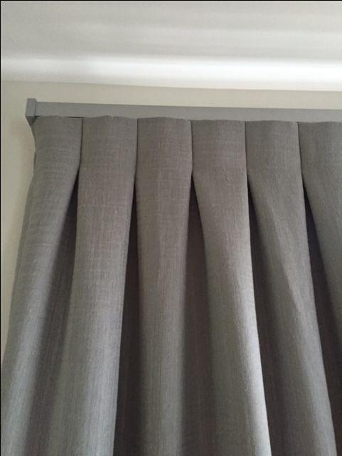 Vanda Verve Track  Colour: Silver Orbital Reverse heading Lined curtain