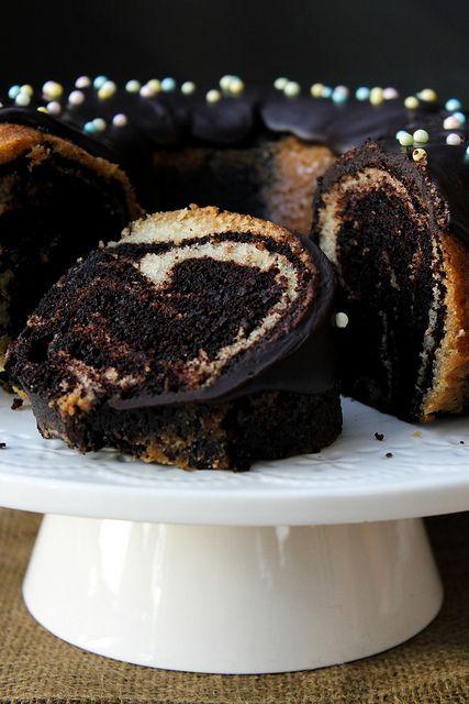 chocolate + vanilla marble cake (vegan)