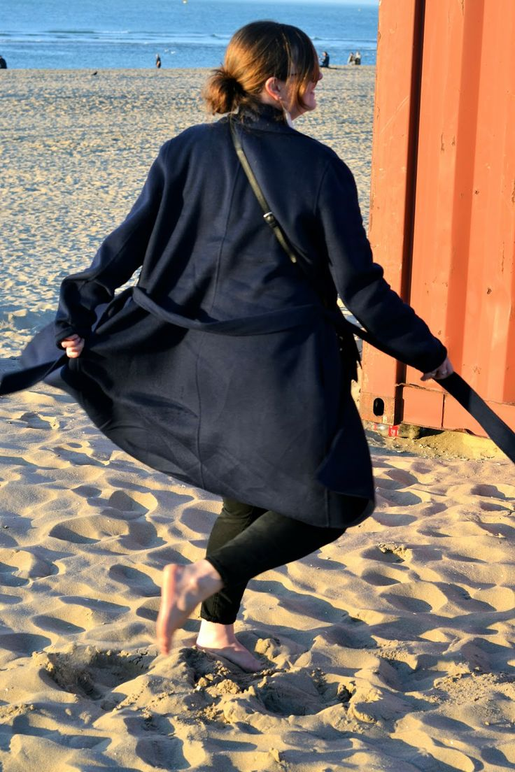Twirling around in my gorgeous Claudia Sträter coat at the beach #happy