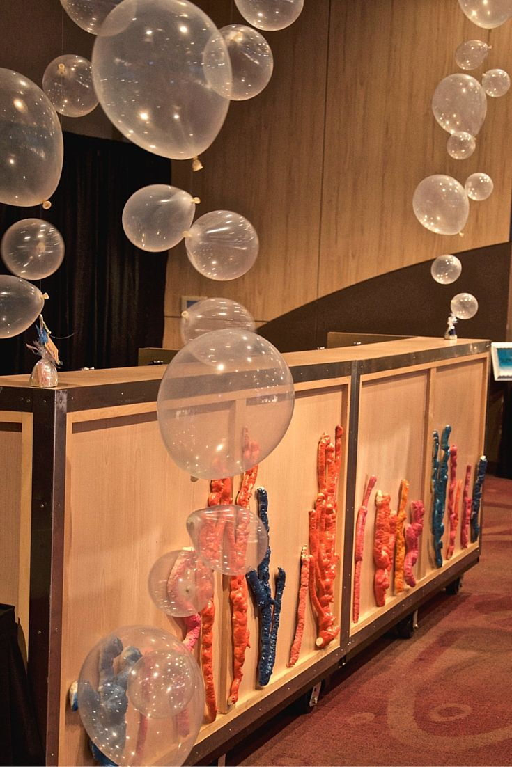 No detail was overlooked at this event. The bar was adorned with beautiful coral and balloon art representing Under the Sea Bubbles.
