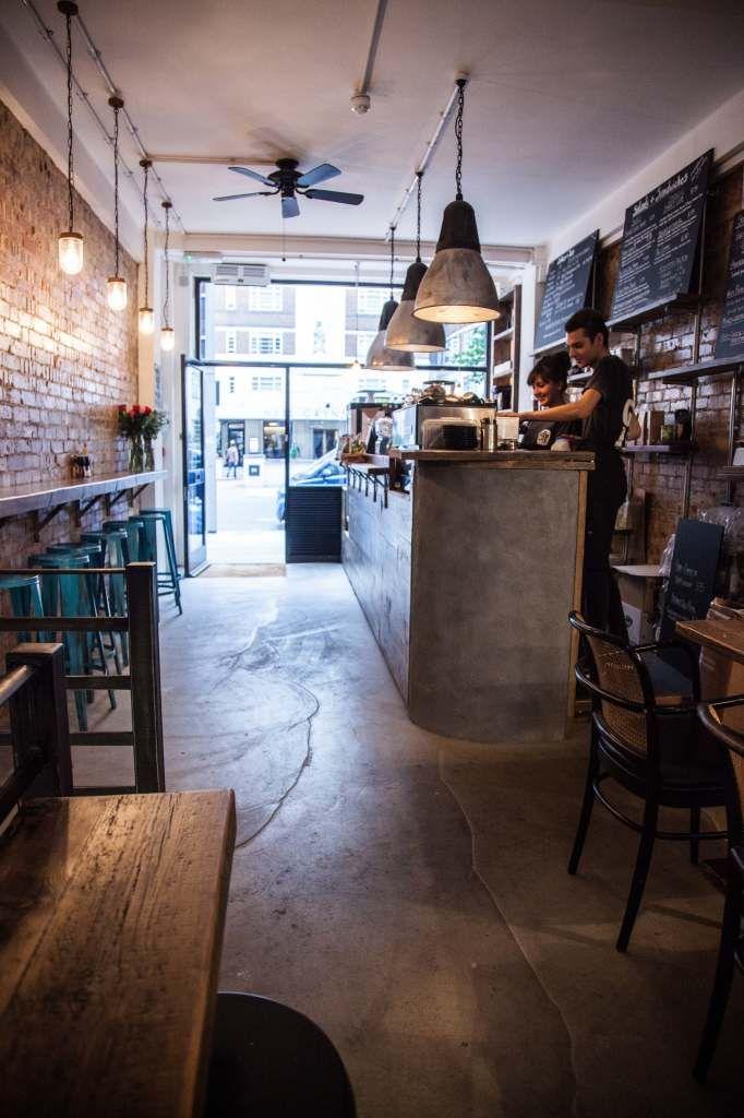 Cafetería Londres. The Good Life Eatery interior