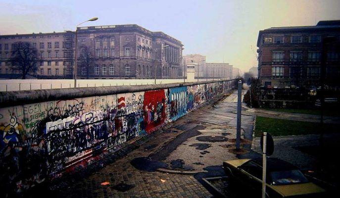 #berlinduvarı #berlin #almanya #duvar