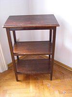 Bild 2: kleines Tischchen
