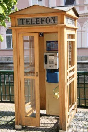 go2prague.com Old phone booth, Prague. No worries, we've got cell phones here, too! ;-)