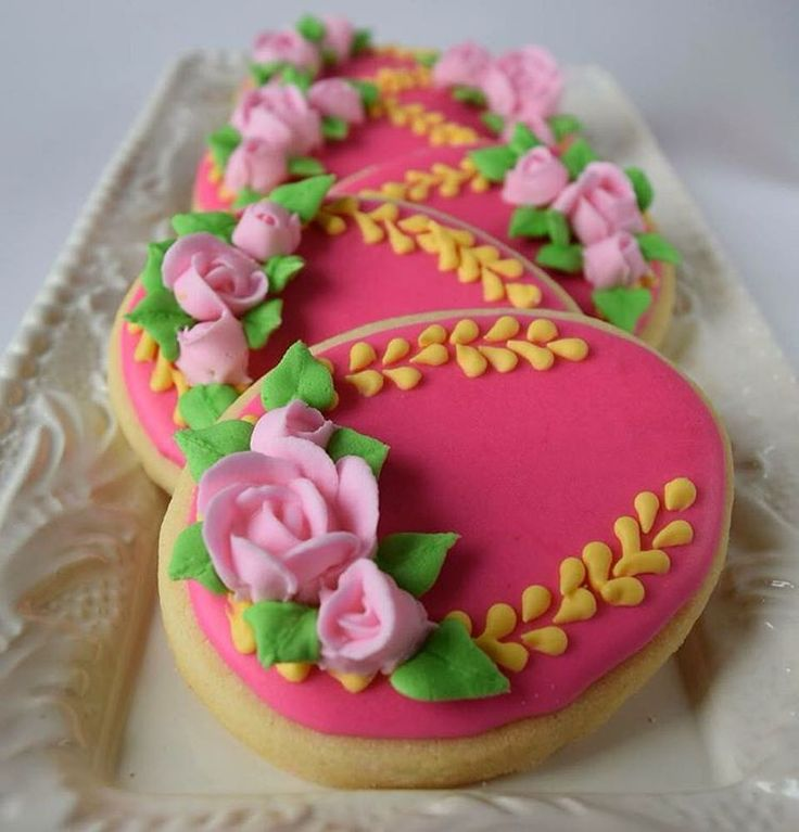 Floral Easter egg cookies!