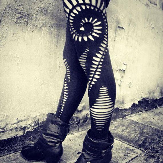 Tressée spirale Leggings - handmade, tribal, hippie, goa, psy trance, boho, parti, festival, déchiquetés, tressé, leggings extensibles, noirs, ouverts, coupés.